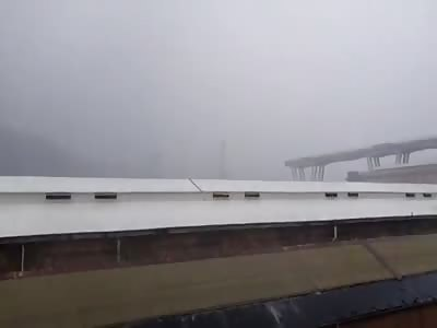 Genoa (Italy) collapse of the Morandi bridge vid1