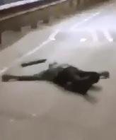 Full Video of Murder in Mumbai in Broad Daylight