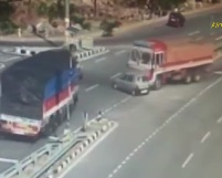 INCREDIBLE: Small Car CRUSHED Between 2 Trucks (5 Killed)