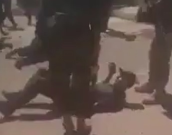 Libyan Militia BRUTALLY Executes Civilians .