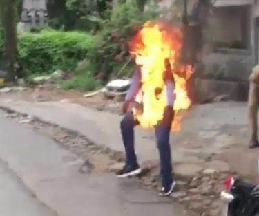 Maniac Sets Himself on Fire