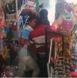 Robbery Gone Bad.. Man Killed with Headshot