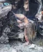 Big Boobed Woman Burned Alive Inside Her Car