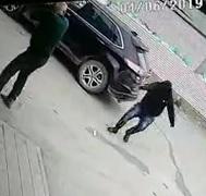 Fat Charging Assassins Only Manages a Leg Shot