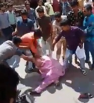 Elderly Man in Pink Beaten by Indian Thugs