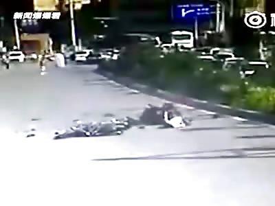 CRAZY CAR CRASHES COMPILATION - CHINA