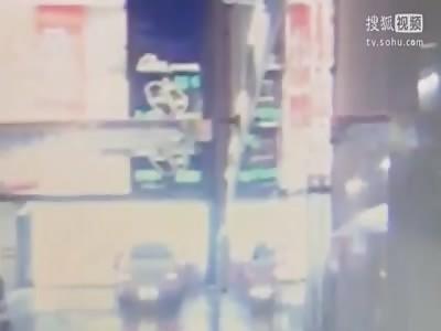£300,000 BENTLEY CAR PLOUGHS INTO WALL AFTER WOMAN DRIVER FORGOT HANDBRAKE