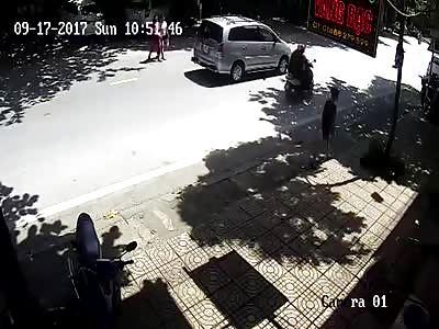MOTORCYCLE ACCIDENT # 9975894000565457 n-B