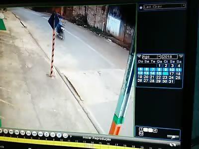 Idiot bikers kill girl with iron on head