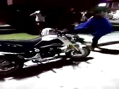 thailand woman hits her husband's mistress