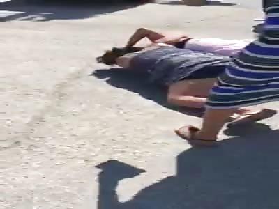 White Cort girls fight