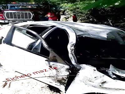 dead man inside car