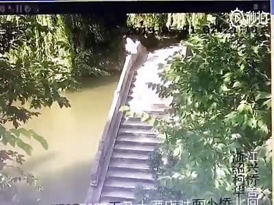 Suicidal Girl Jumps off a Bridge