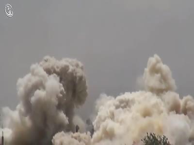 Heavy Syrian airstrikes on Darayya amid Army advancement on ground