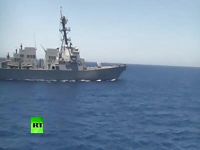 See US Destroyer Passing Course of RU Frigate in Mediterranean