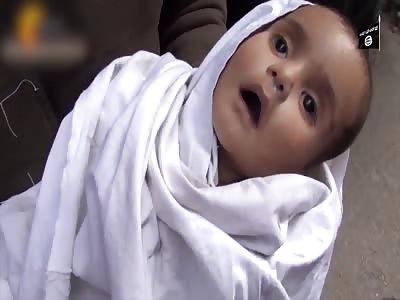 asSadist Forces Starvage Childrens in Besieged Yarmouk Refugee Camp Damascus