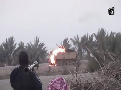 British ISIS Prisoner John Cantlie Comments in New Tank Hunter Video