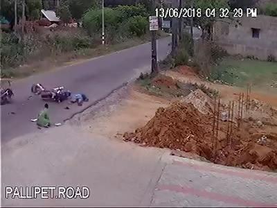Bike vs Bike Head On Crash