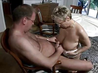 Granny gives a sloppy blow job
