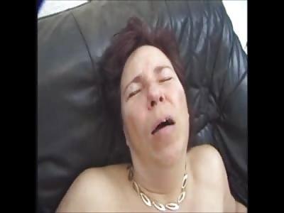 German mature mom sucks cock
