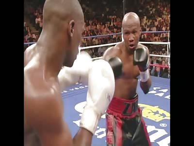 Zab Judah gets angry VS Floyd Mayweather nearly starts a riot