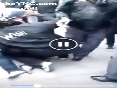 Fled the police Grab and smash cars crash damaged motorcycle 34 units