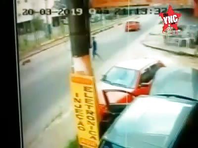 Suicide... Guy Throws Himself Under Truck Wheel
