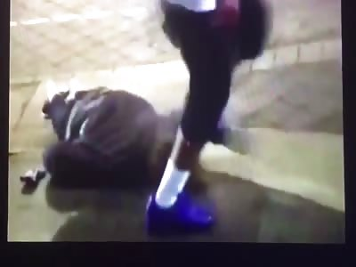 2 head kicks and one curb stomp!!!