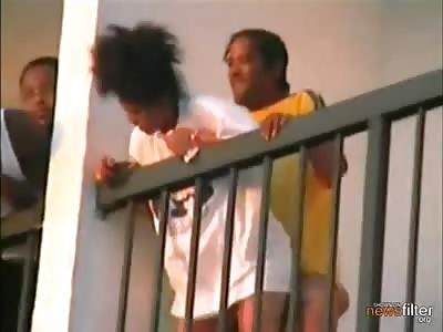 Lol GUY AND GIRL FUCKING LIKE RABBIT ON THE BALCONY