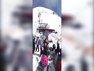 SKI LIFT FAILS AND COME SPEEDING  DOWN BACK WARDS IN GUDAURI GEORGIA