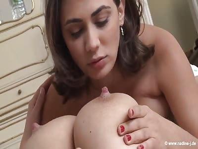 Big boobs show