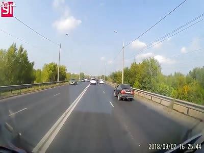 Car causes a multi car pile up