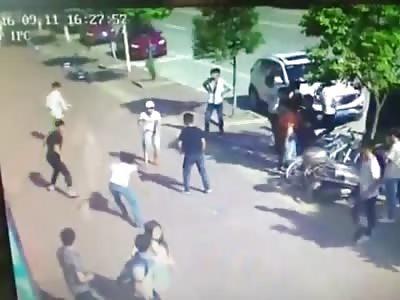 Kung Fu Boy vs Machetes