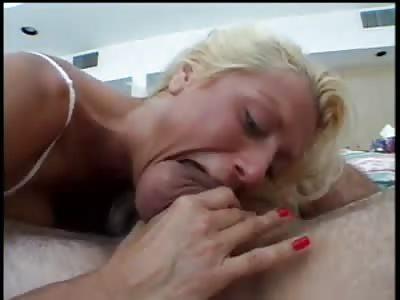 blonde with sucking skills