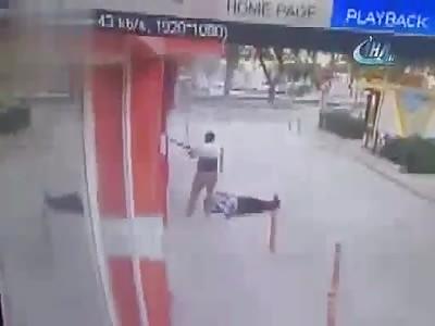Man kills a cop and a lawyer with shotgun shot