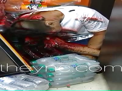 brutal: machete agonizes moments of death