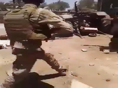 New ISIS Savage machine gun Execution a Innocent civilians