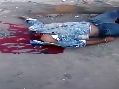 Brutal Bike Accident – Biker Decapitated In India