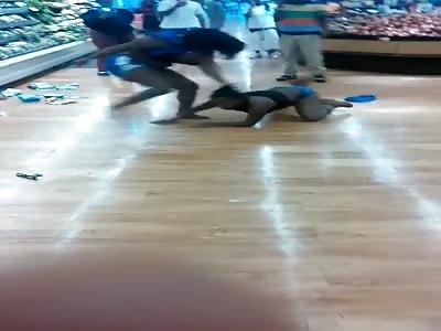 Hood rat fight breakout a WinnDixie