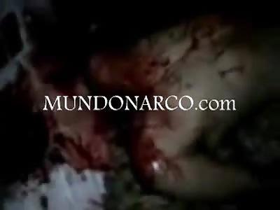 Vídeo la Guerra Loca decapita a un Zeta y luego lo descuartiza y le arrancan la piel de la cara
