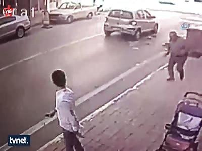 79 Year old woman dies when crossing a road in turkey