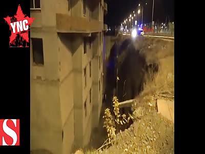 The body of a dead man who fell 8 floors in turkey