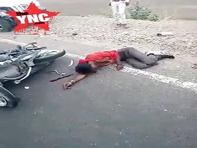 two in pain after bike crash in Kolkata