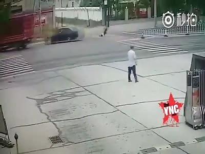 Hebei Jinju man drives four men down and kills two