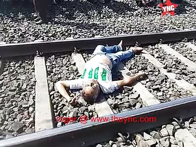 a fat dead man on the Bina–Katni line railway track, in Damoh
