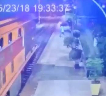 CCTV Captures Train Suicide