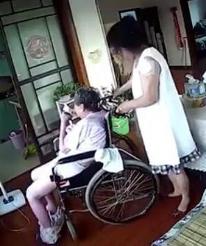Cruel Carer Beats 86-year-old Patient in her Home