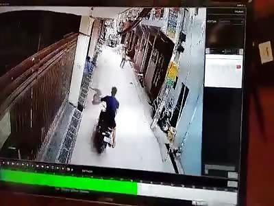 Heavy Gate Falls onto Kid