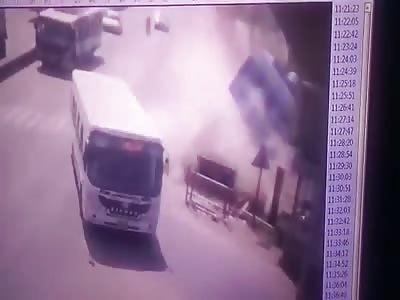 BUS accident at Mahatma Gandhi Setu, Patna, Bihar