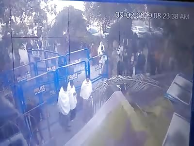 CCTV Murder Outside Court in Lahore